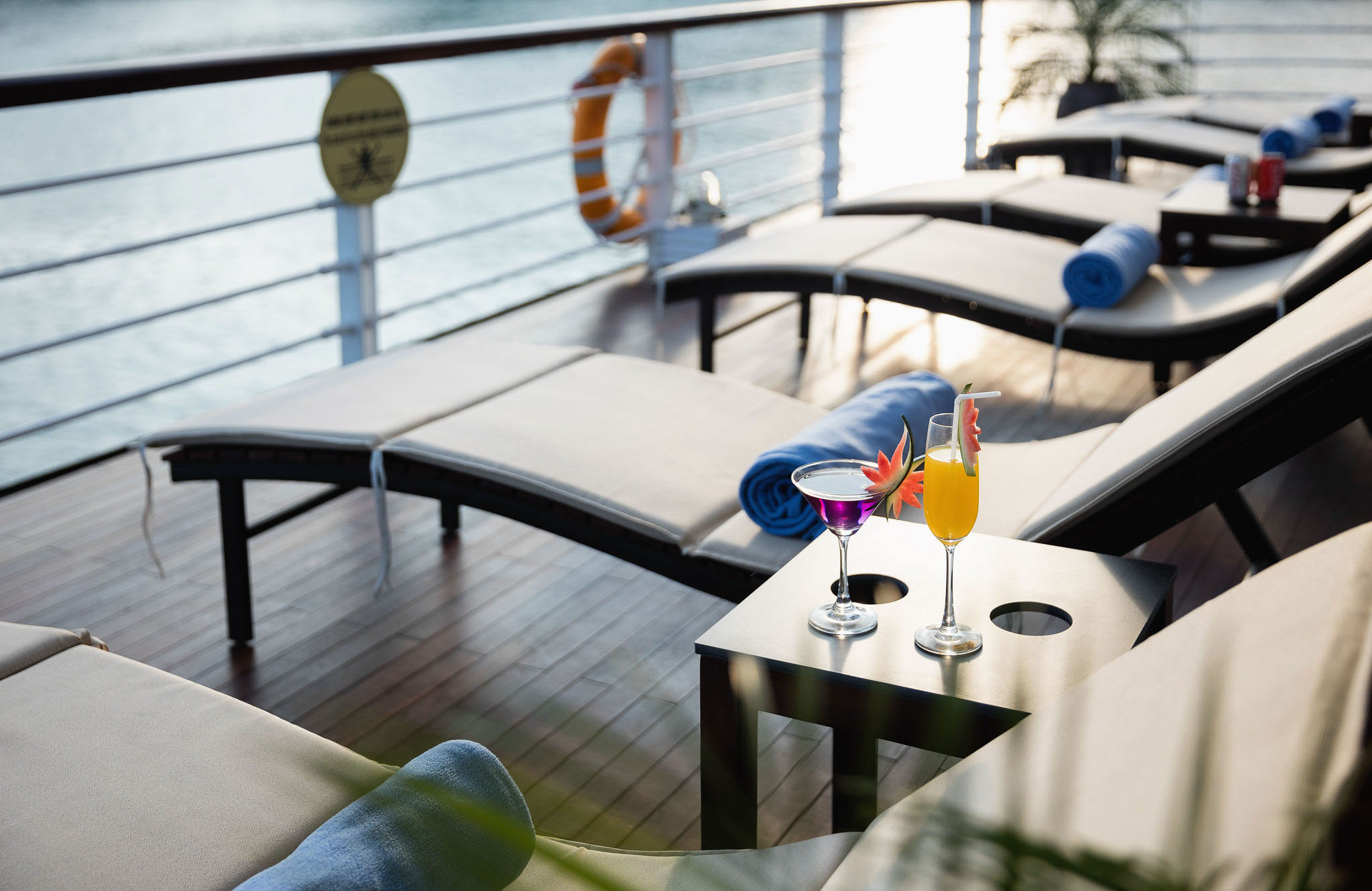 orchid-classic-sundeck